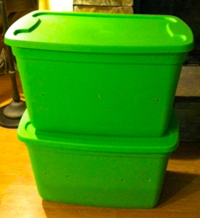 rubbermaid bins will be helpful for building your worm bin